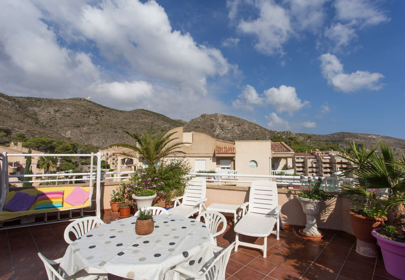 Holiday rental penthouse in Cullera for 6 people located in the Bahía Park urbanization