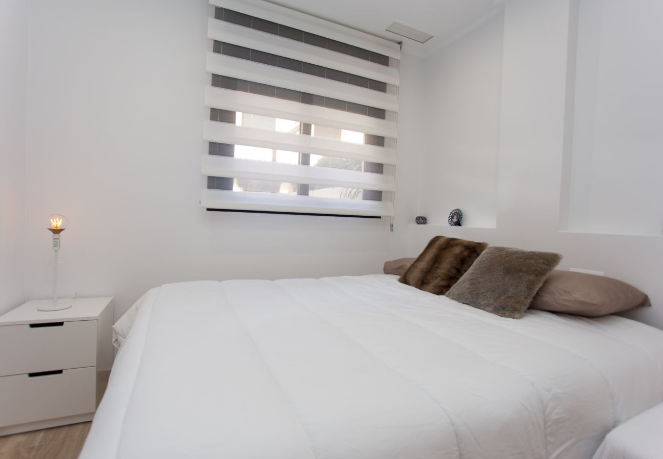 Apartment in Javea - Apartment with HEATED POOL & jacuzzi |Beach Houses Valencia