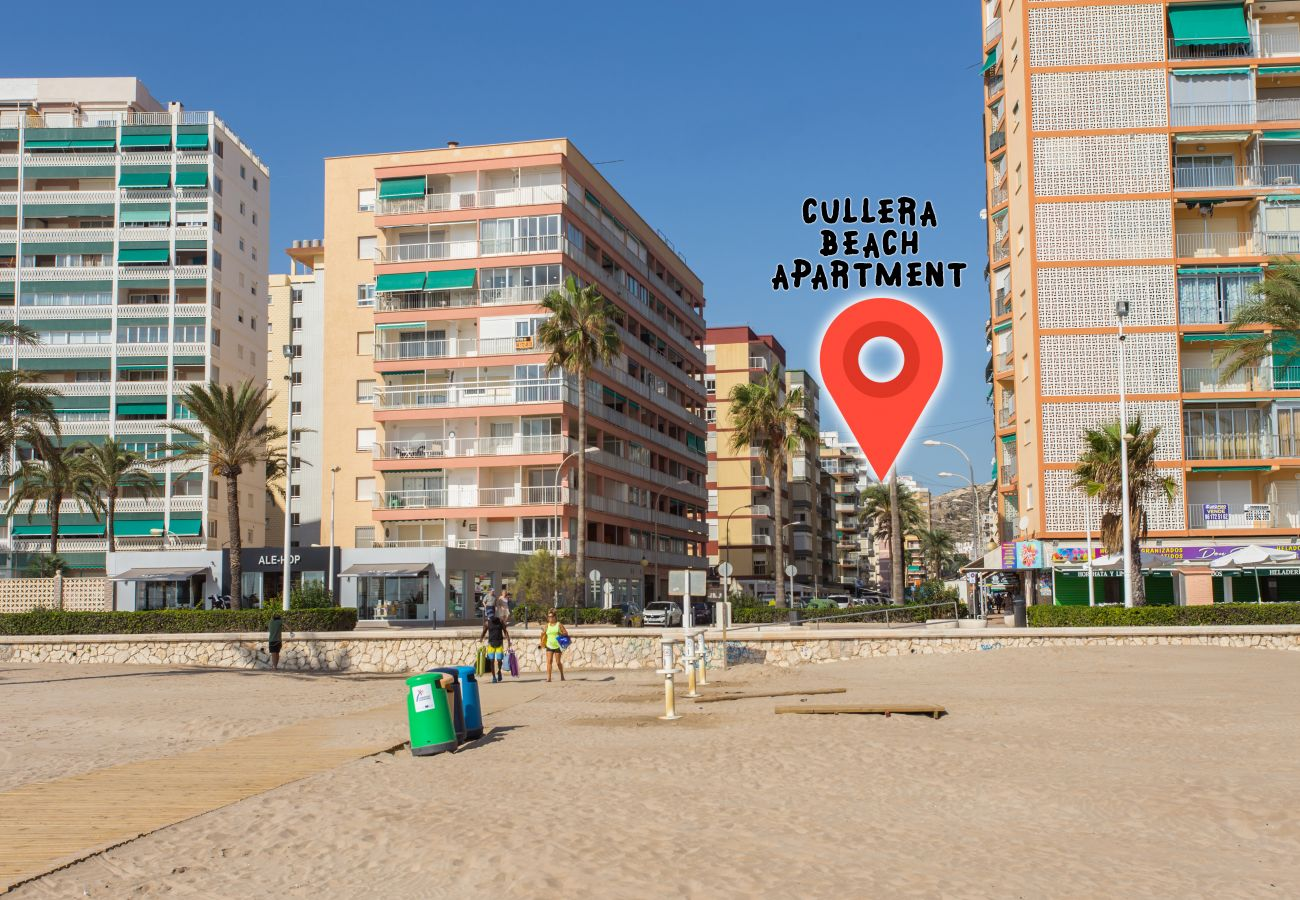 Apartment for rent on the beach of San Antonio de Cullera with pool. Beach Houses Valencia