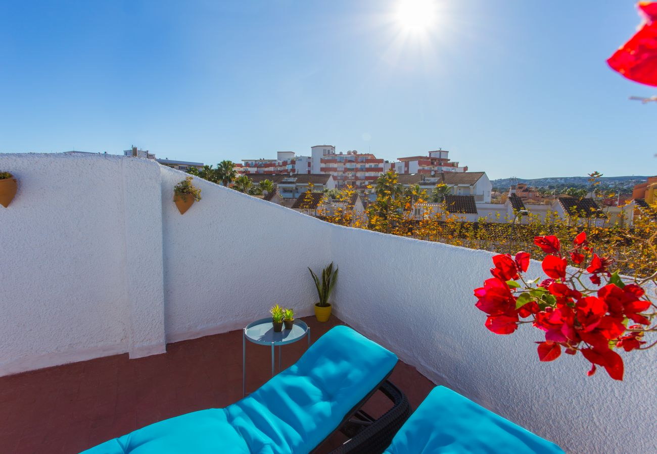 Townhouse in Javea - Javea townhouse with roof terrace 300m Arenal