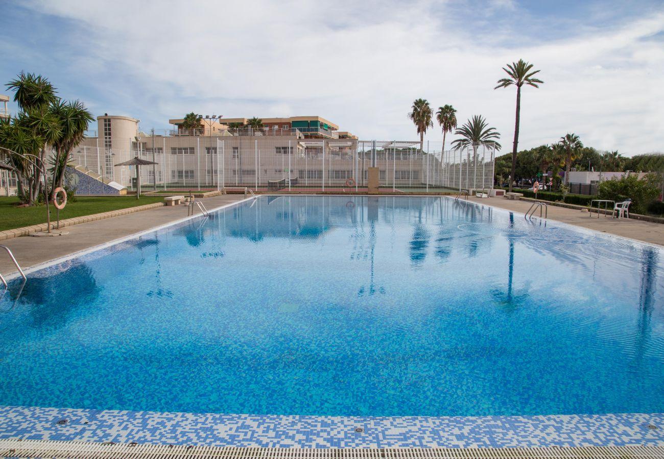 Bel appartement à louer dans l'urbanisation Last Canet de Canet de Berenguer